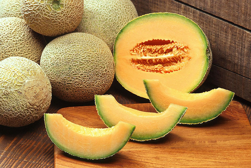 Health benefits of Cantaloupe | Cantaloupe Nutrients and side effects